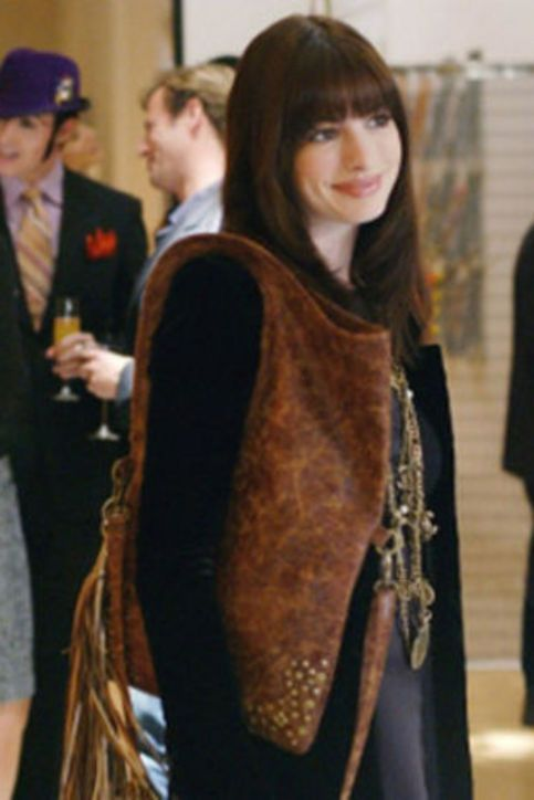 devil-wears-prada-10-years-best-outfits-10