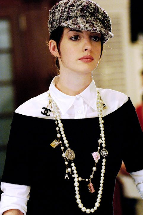 devil-wears-prada-10-years-best-outfits-7