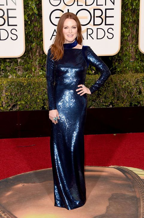 julianne-moore-sparkly-blue-long-sleeve-dress-golden-globes-2016