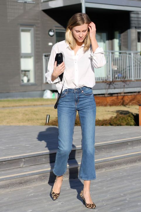 cropped-flare-jeans-fashion-eaters